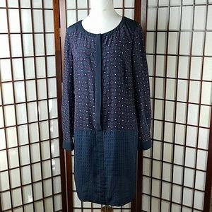 ANN TAYLOR Button Front  Long Sleeves Dress